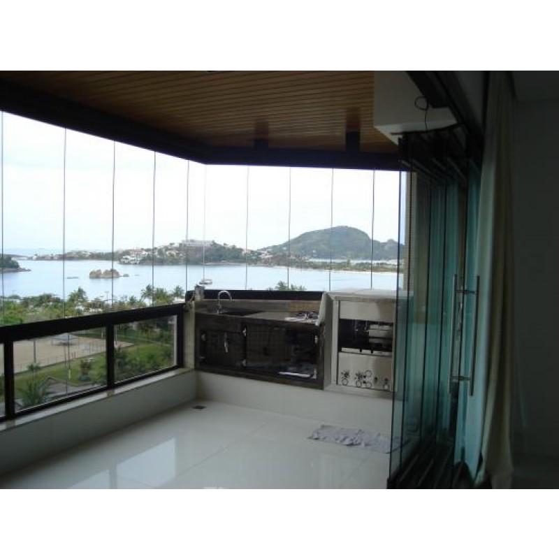 Churrasqueira residencial a gás (RC 300) em inox 430 com bandeja para água e 5 espetos rotativos em 2 galerias